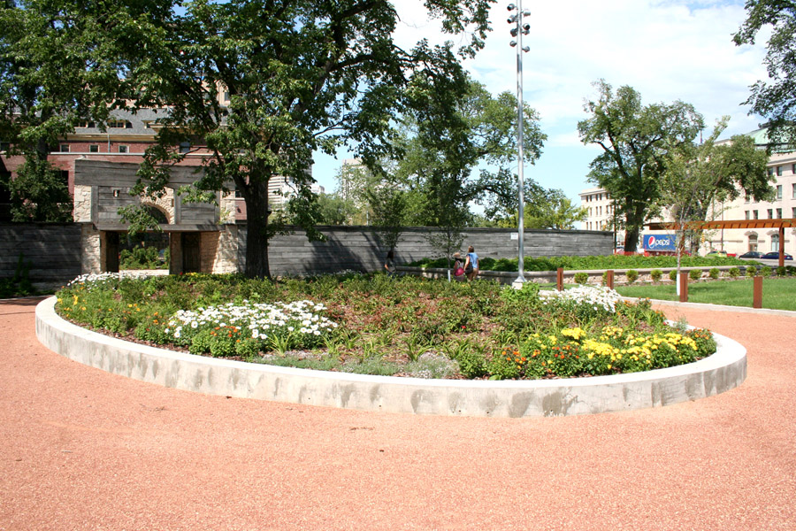 20 - Upper Fort Garry Governors Garden LR.jpg